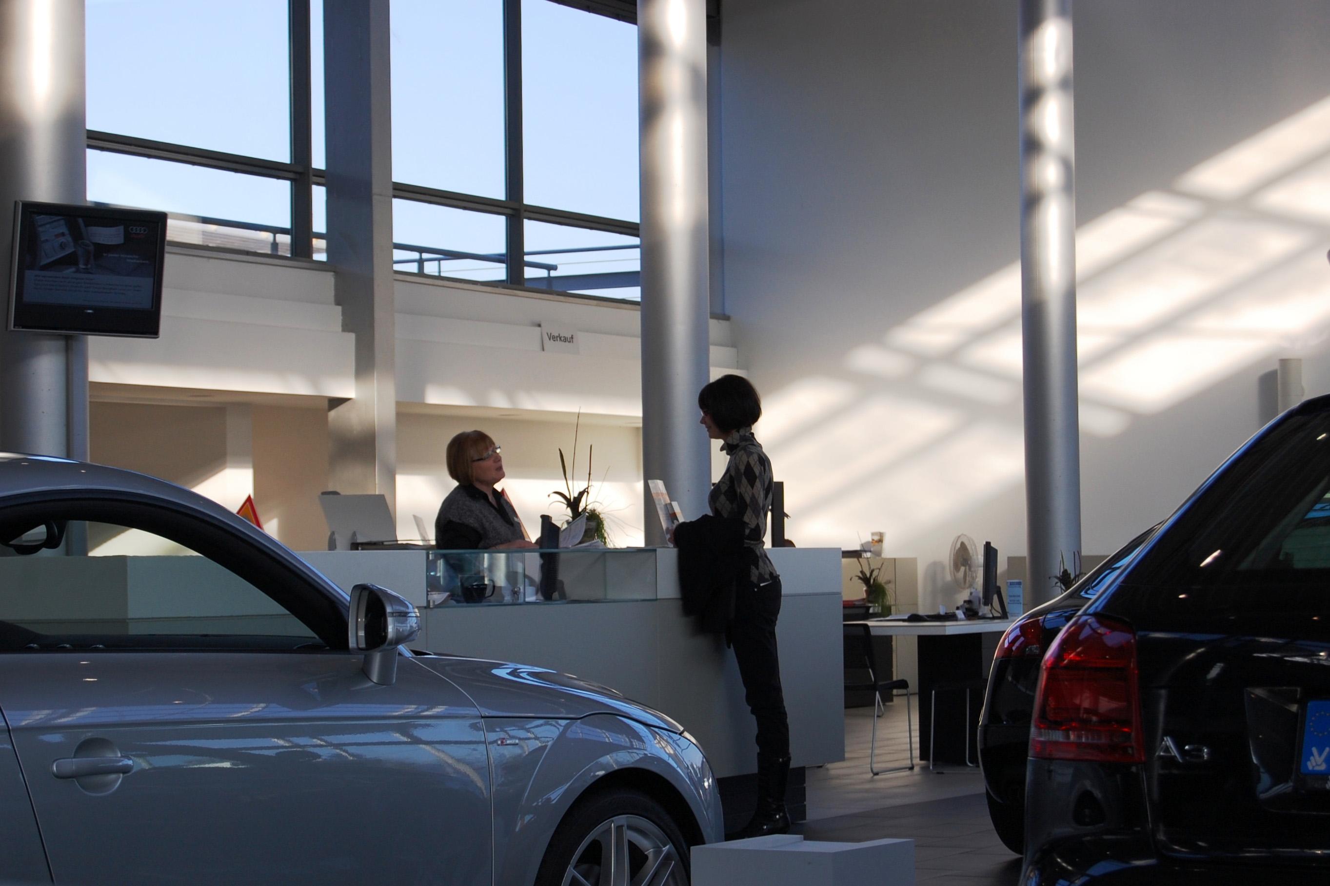 worauf man beim neuwagenkauf achten sollte. Black Bedroom Furniture Sets. Home Design Ideas